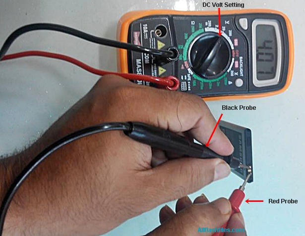 check cell phone battery with multimeter